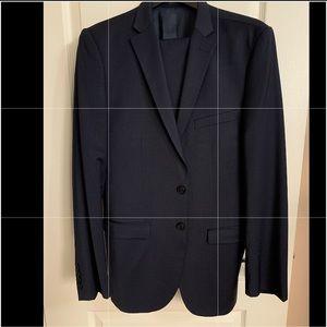 Like new Zara Man Navy Blue Suit size 30